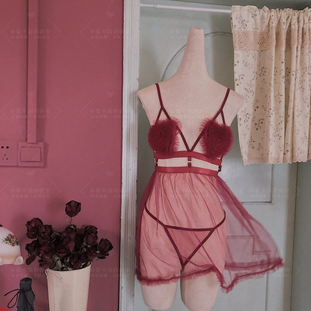 Đầm ngủ xuyên thấu mix ngực hoa siêu xinh