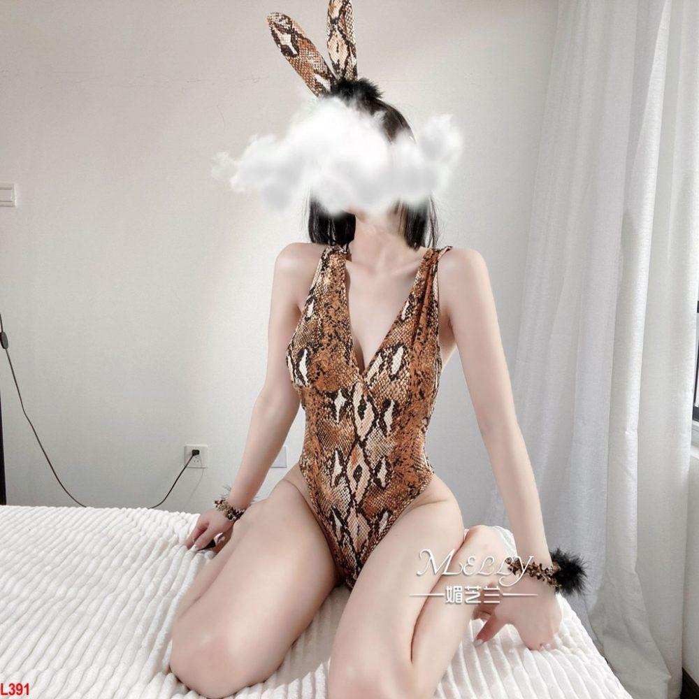 Đồ ngủ bodysuit siêu Phẩm Cosplay Thỏ họa tiết rắn