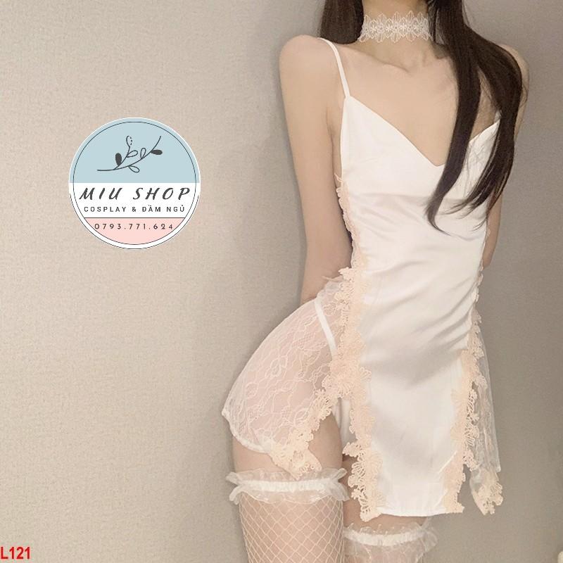 Đầm ngủ màu trắng phối ren hoa xẻ tà gợi cảm