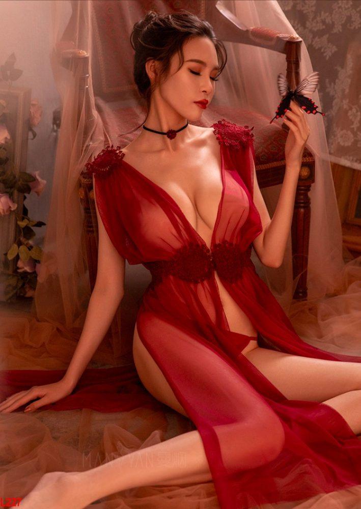 Cosplay Nữ Thần Tình Yêu Xuyên Thấu